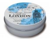 Masážní svíčka A Trip To London s vůni rebarbory, ambru a rybízu