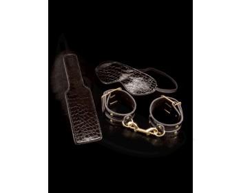 Fotka 1 - BDSM luxusní sada maska, pouta a plácačka černozlatá